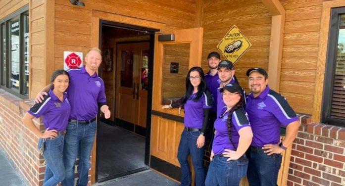Texas Roadhouse opens its doors in Ocala
